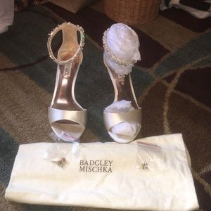 Beautiful Badgley Mischka heels